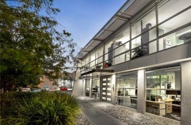 8 Phillip Court, PORT MELBOURNE VIC, 3207