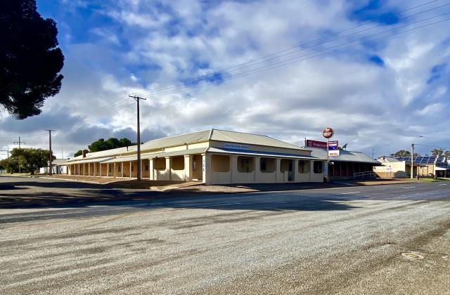 19 Railway Terrace, MINNIPA SA, 5654