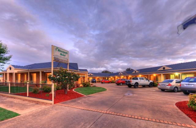 The Riverpark Motel Moama  13 Shaw, MOAMA NSW, 2731