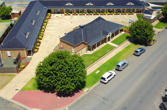 The Riverpark Motel Moama  13 Shaw, MOAMA NSW, 2731