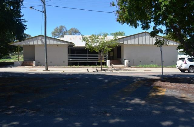 9 Coronation Drive, BLACKALL QLD, 4472