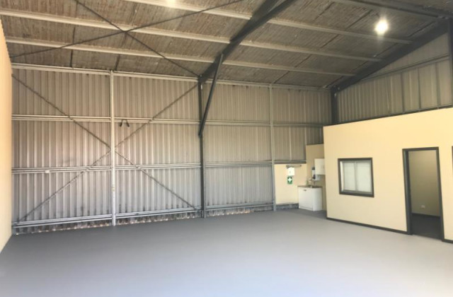 Shed  3/22 Scott Place, ORANGE NSW, 2800