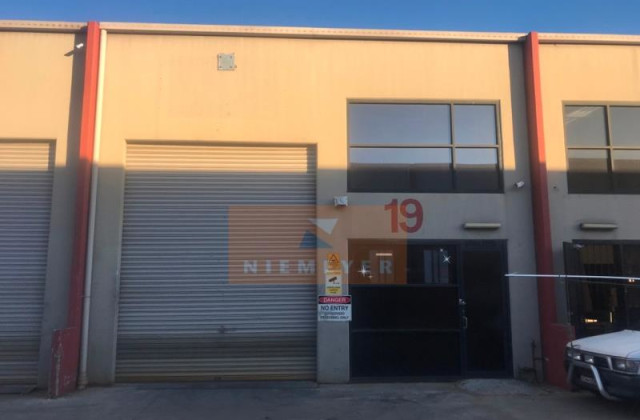 3 Kelso Crescent, MOOREBANK NSW, 2170