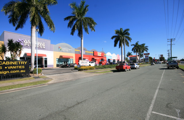 142 Brisbane Road, LABRADOR QLD, 4215