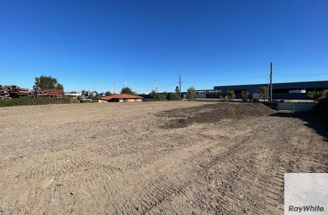 25 Main Beach Road, PINKENBA QLD, 4008