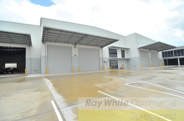 Unit 2/115 Corymbia Pl, PARKINSON QLD, 4115