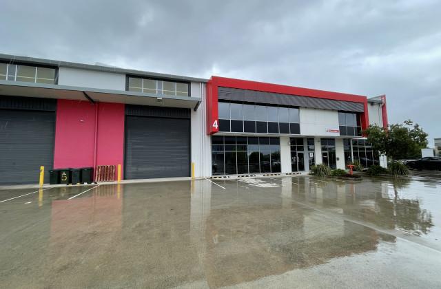 4/368 Earnshaw Road, BANYO QLD, 4014